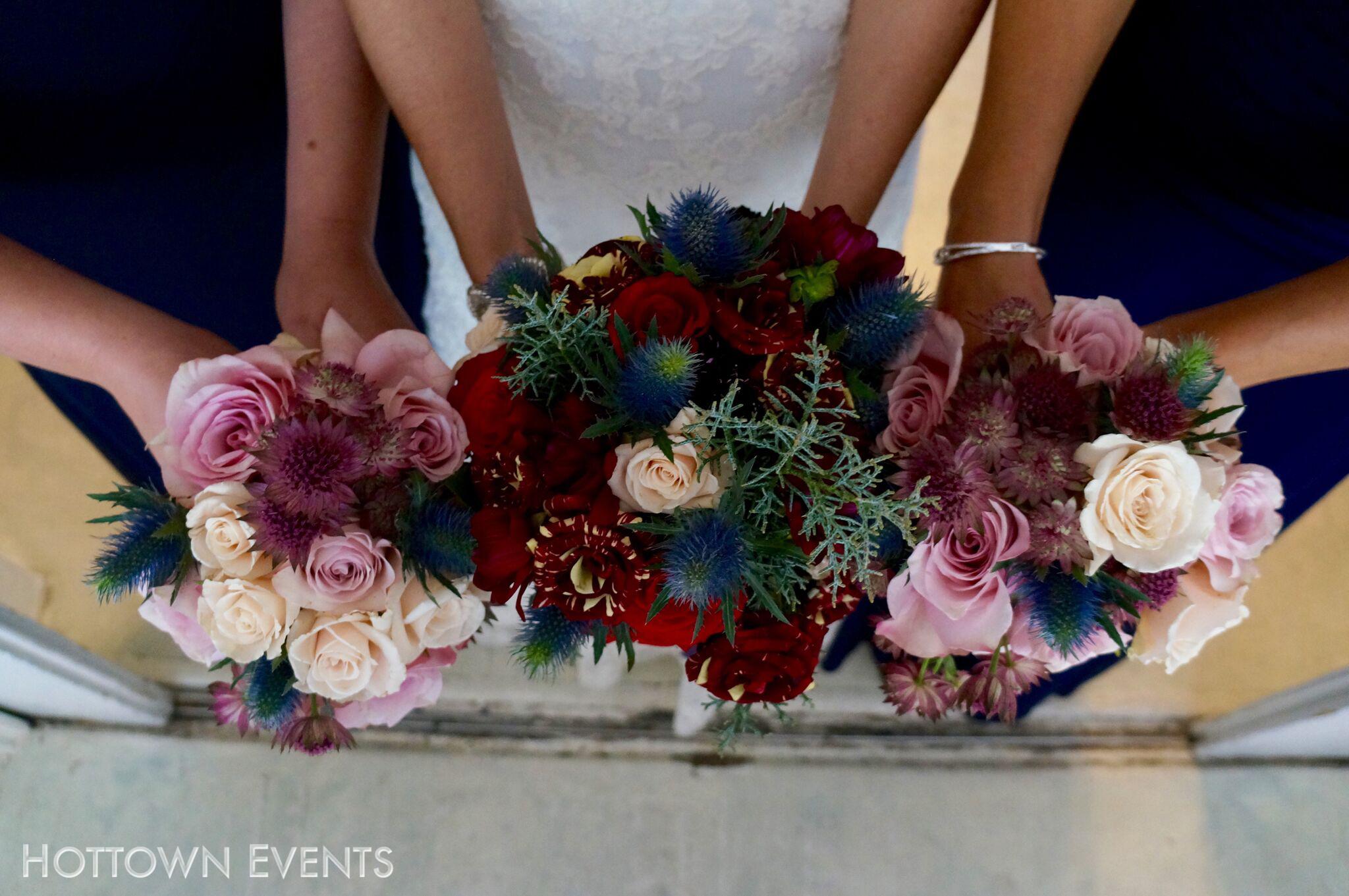 <h5>Bride & Bridesmaid Bouquets</h5>