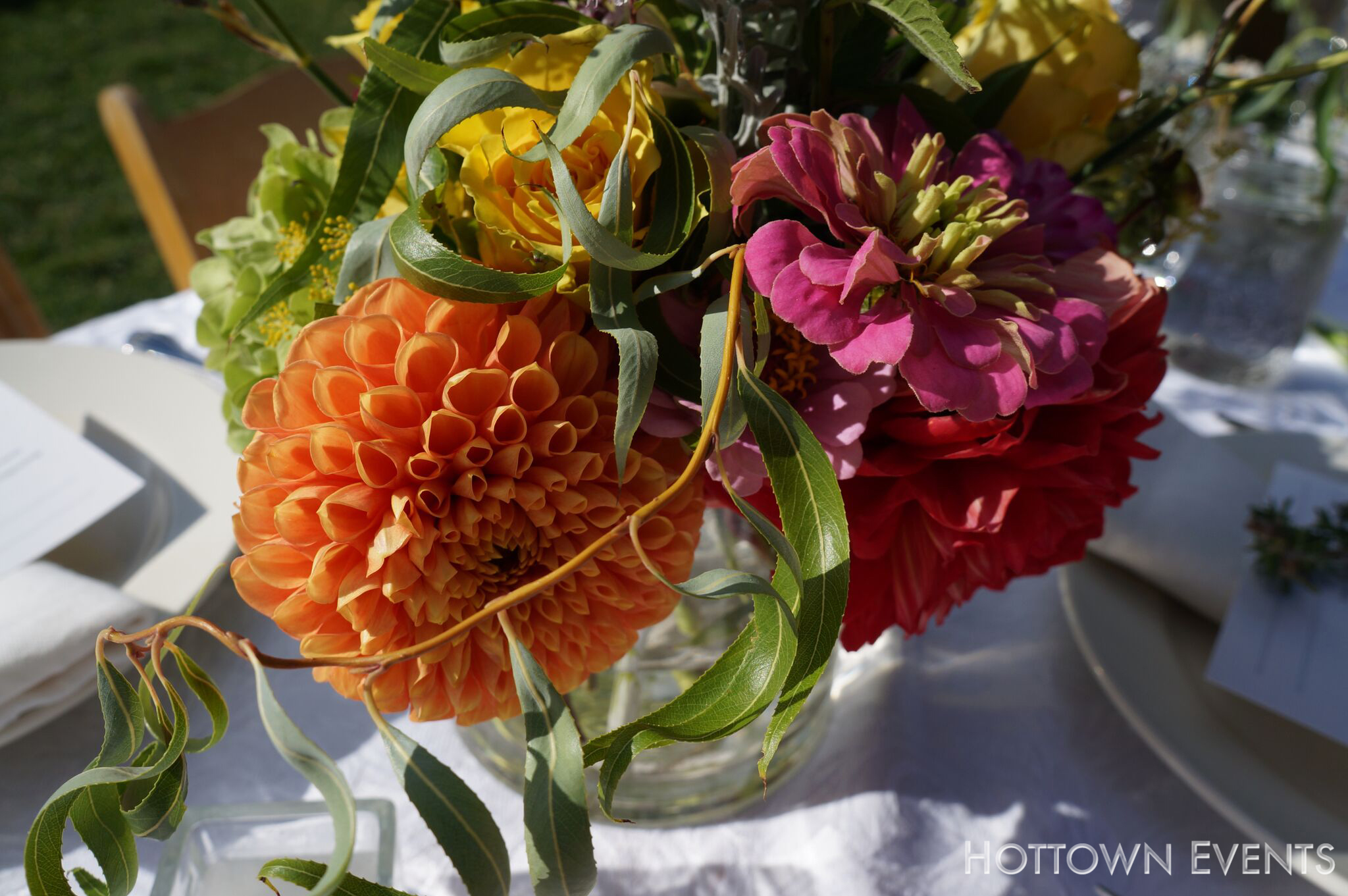 <h5>Peonies table top arrangement</h5>