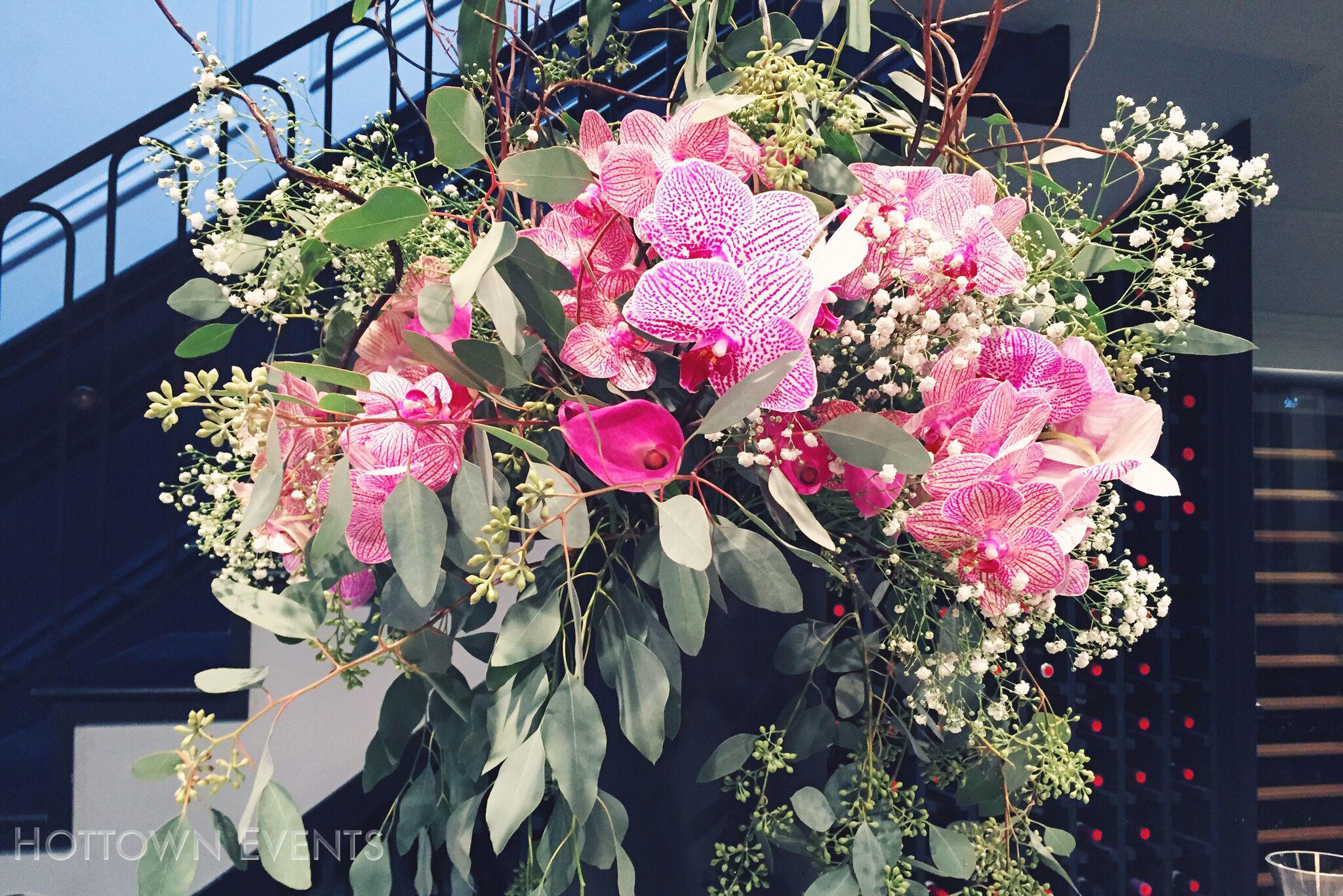 <h5>Large Orchid & Lily Bar top arrangement</h5>