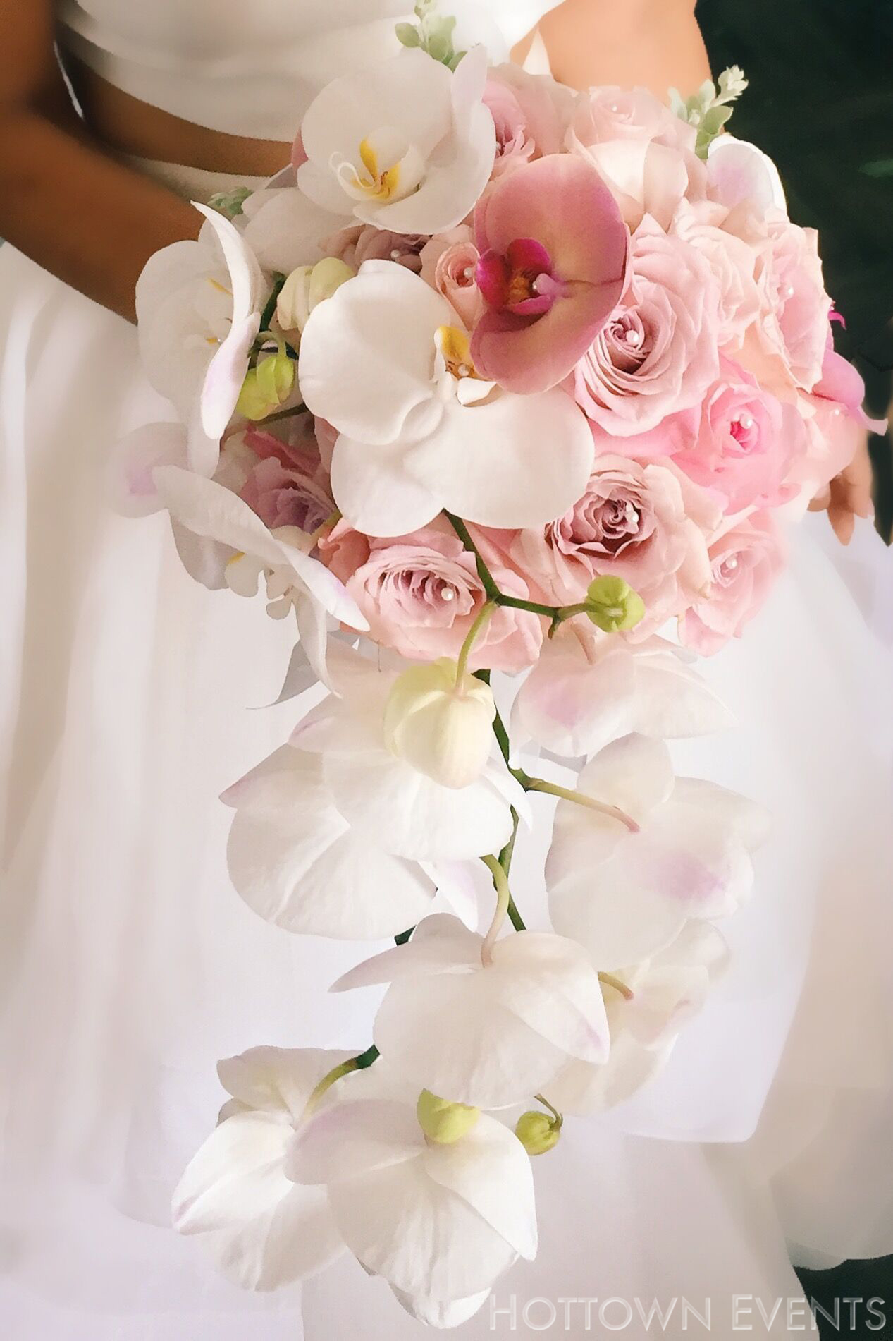<h5>Bride Orchid Bouquet </h5>